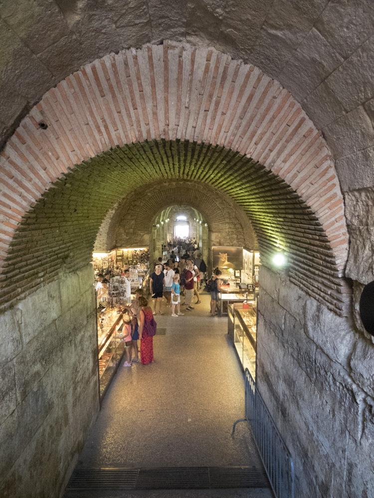 Galerie souterraine du Palais de Dioclétien à Split