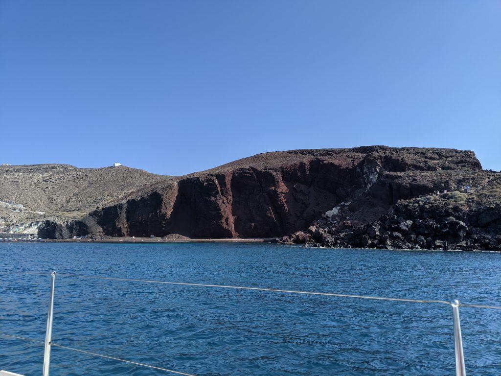 Croisière autour de Santorin, Red beach