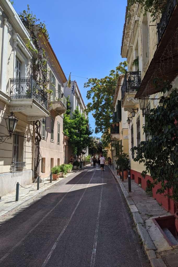 Que faire à Athènes ? Flaner dans le quartier de Plaka