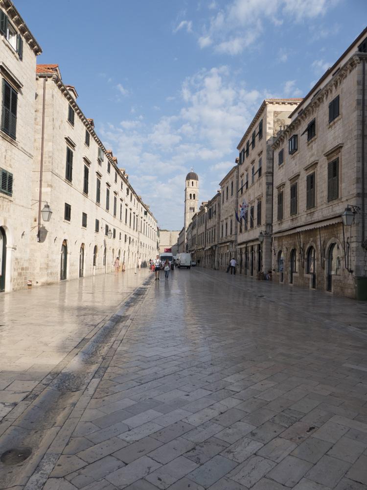 Que faire à Dubrovnik ? Parcourir le Stradun ou Placa
