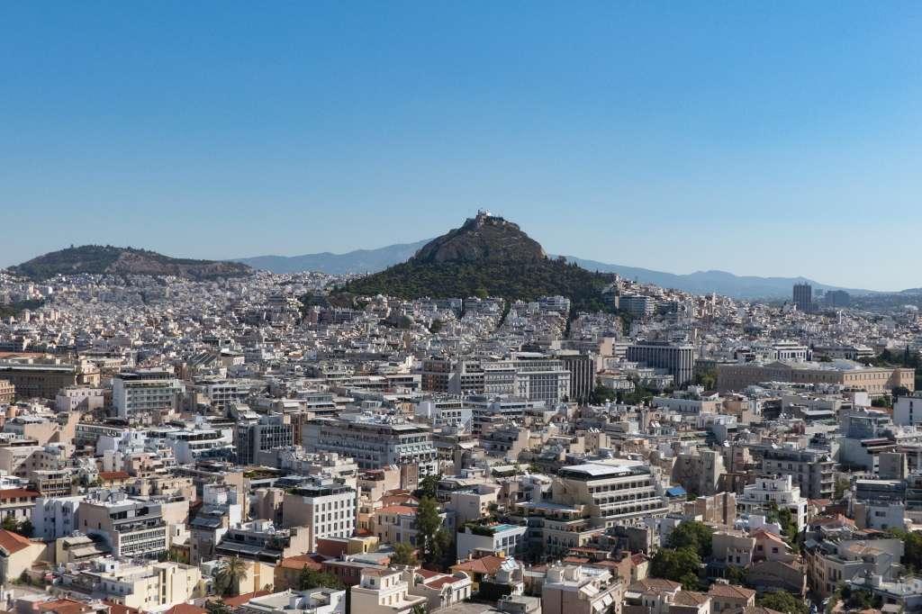 Vue sur le mont Lycabette depuis l'Acropole