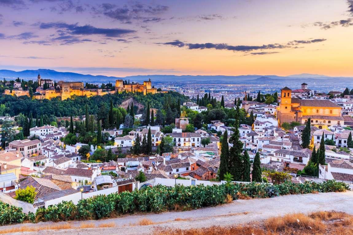 Vue sur la ville de Grenade et l'Alhambra